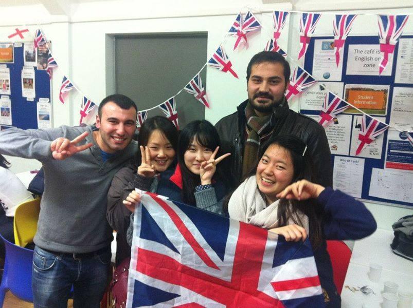 Stafford House International แนะแนวศึกษาต่อ อังกฤษ อเมริกา แคนาดา ท่องเที่ยว เรียนต่อต่างประเทศ England USA Canada London ลอนดอน เรียนภาษา เดอะเบสท์