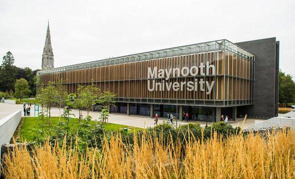Maynooth University เรียนต่อ ต่างประเทศ ไอร์แลนด์ ดับลิน ท่องเที่ยว Ireland Dublin Maynooth University เรียนปริญญาตรี ปริญญาโท ปริญญาเอก ชีวิตเด็กนอก