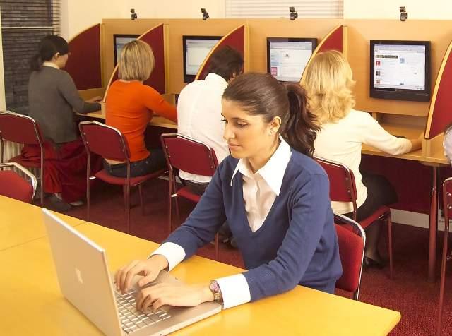 Anglolang Academy Of English เรียนต่อต่างประเทศ, ข้อมูลเรียนต่อเมืองนอก เรียนภาษาอังกฤษ,เรียนต่อต่างประเทศ, เรียนภาษาต่างประเทศ,เรียนต่ออังกฤษ,อังกฤษ