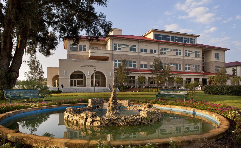 University Of Saint Leo เรียนต่อต่างประเทศ เรียนต่ออเมริกา เรียนที่อเมริกา เรียนต่อประเทศอเมริกา ที่พักนักเรียนต่างประเทศ เรียนต่อนอก อเมริกา