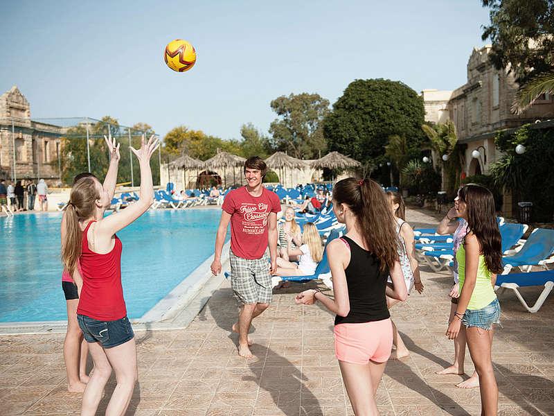SPRACHCAFFE Languages Plus Malta เรียนต่อต่างประเทศ เรียนต่อมอลต้า เรียนที่มอลต้า เรียนต่อประเทศมอลต้า ที่พักนักเรียนต่างประเทศ เรียนต่อนอก มอลต้า